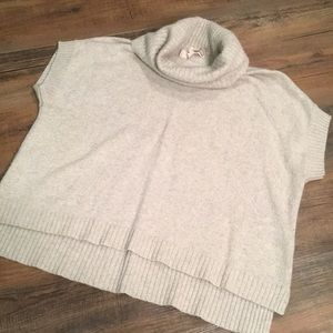 Loose fitting sweater sz xs